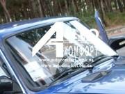 Установка лобового стекла автомобиля на уплотнитель