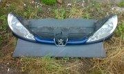 Продам оригинальные фары,  решетку радиатора Peugeot 206