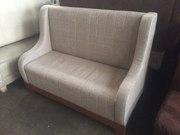 Продам серые тканевые диваны бу с подлокотниками для кафе