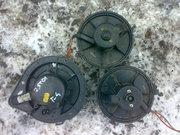 Продам оригинальный моторчик вентилятор печки на VW T4