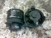 Продам оригинальный моторчик вентилятор печки Ford Focus Mk3