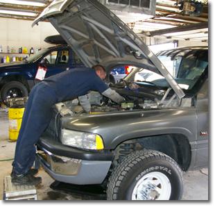 Ремонт автомобильных двигателей,  коробок передач и подвесок